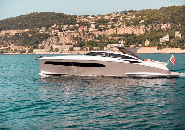 Yacht SICHTERMAN