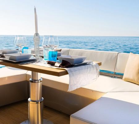 Refit, peinture, rénovation de yacht