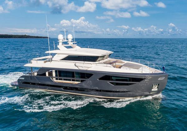 Yacht neuf